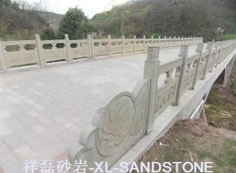 灰白砂栏杆